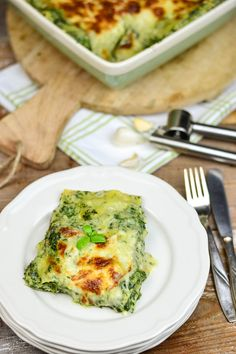 Spinat Lasagne mit Gorgonzola – Soul food vegetarisch Soul food vegetarian: spinach lasagna with gorgonzola Veggie Recipes, Pasta Recipes, Vegetarian Recipes, Cooking Recipes, Healthy Recipes, Lasagna Recipes, Lasagna Recipe With Ricotta, Spinach Lasagna, Lasagna Soup