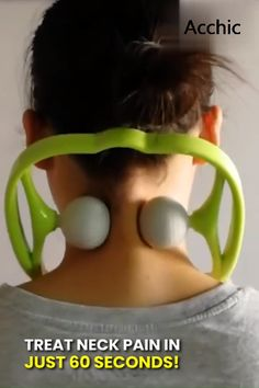 Best 11 This amazing neck and shoulder massager is designed to feel exactly like a therapist's comforting hands. It features two soft, yet firm, silicone balls, that resemble golf balls. These soft, silicone balls deeply penetrate tight muscles and target Health And Beauty Tips, Health And Wellness, Health Tips, Health Fitness, Health Recipes, Health Foods, Health Benefits, Neck And Back Pain, Neck Pain