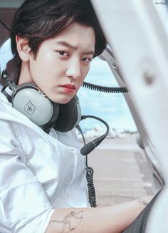 ---BXB--- Mafia--- Let me be your monster. And I will destroy anything that hurts you -Park Chanyeol Park Chanyeol.