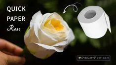 This quick way to make a paper rose will show you step by step instruction to make paper flowers from toilet paper and other simple suppliers. flowers step by step How to make a toilet paper rose ,so quick and realistic Paper Flower Centerpieces, Paper Flower Arrangements, Paper Flowers Wedding, Crepe Paper Flowers, Paper Flower Backdrop, Diy Flowers, Toilet Paper Flowers, How To Make Paper Flowers, Deco Champetre