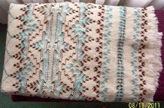 Swedish Weaving Club: Swedish Weaving Afghan - don't usually like the diamond patterns but maybe this one Swedish Embroidery, Hand Work Embroidery, Diy Embroidery, Free Swedish Weaving Patterns, Huck Towels, Chicken Scratch Embroidery, Monks Cloth, Weaving Projects, Embroidery Fashion