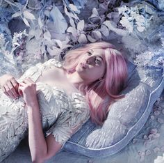OLSENS ANONYMOUS ELIZABETH OLSEN STYLE FASHION BLOG BULLETT MAGAZINE EDITORIAL PASTEL COTTON CANDY PINK HAIR GOWNS WINTER METALLIC SILVER EMBELLISHED BEAUTY  1