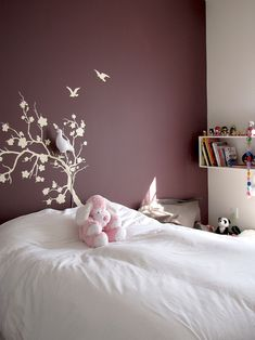 Sneak Peek: Best of Purple. Plum walls add an air of femininity to Si Mazouz daughter's bedroom without being too girly. Beautiful Bedroom Colors, Bedroom Wall Paint, Accent Wall Bedroom, Room Colors, Bedroom Interior, Plum Walls, Interior Design, Home Decor, Room Decor