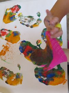Painting with mittens by Teach Preschool