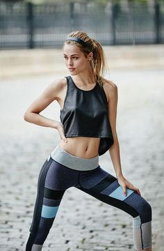 Outfits, sporty outfits, workout attire, fitness fashion, diet motivation p Fitness Outfits, Yoga Outfits, Fitness Fashion, Sport Outfits, Workout Attire, Workout Wear, Workout Outfits, Foto Sport, Body Builder