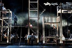 Die Zauberflöte - Theater Basel - REGIE Julia Hölscher : BÜHNE Mirella Weingarten : KOSTÜME Susanne Scheerer