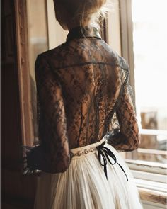 """10.6 mil Me gusta, 53 comentarios - Philosophy di Lorenzo Serafini (@philosophyofficial) en Instagram: """"Daydreaming in Philosophy. Shop lace shirt and Ballerina skirt on our E-Boutique. Tap link in bio.…"""""""