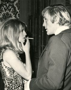 Julie Christie and Terence Stamp at the Los Angeles premiere of Far From the Madding Crowd, October 1967 Julie Christie, People Smoking, Women Smoking, British Actresses, Actors & Actresses, Troy, Terence Stamp, Blonde Moments, Jacqueline Bisset