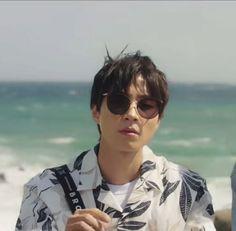 Handsome Korean Actors, Beach Wallpaper, Marvel Wallpaper, Cute Actors, Album Bts, Bffs, True Beauty, Actors & Actresses, Kdrama