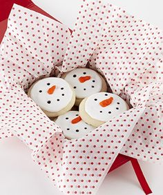 Look here for some sweet tips on hosting a Holiday Cookie Exchange Party!