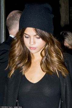 Selena Gomez channels Kendall Jenner and goes completely braless in a black top in Sydney | Daily Mail Online