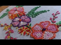 Hand embroidery- Net stitch flowers,closed fly stitch leaves-leishas galaxy. - YouTube
