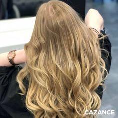 Laurie souhaitait apporter longueur, volume, densité & matière à sa chevelure.  J'ai a souligné le blond de Laurie avec un gloss légèrement doré pour plus d'éclat & de brillance. Extensions avec 2 nuances différentes pour créer une continuité naturelle. Avec un coiffage ondulé, pour faire ressortir les différentes nuances de blond.  N'hésitez-pas à consulter nos spécialistes en coiffure ☎ +41 (0)22 320 52 52  #Coiffure #Coiffage #Coloration #Balayage #Extensions #LaBiosthetique #Suisse… Hair Extensions, Hair Cuts, Hair Color, Long Hair Styles, Beauty, Different Shades Of Blonde, Hair Products, Switzerland, Coloring