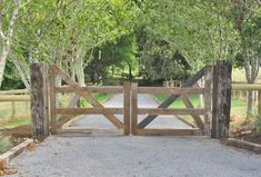 8 Complete Cool Tips: Modern Fence Philippines Backyard Fence Gate Ideas.Modern Fence Extension Modern Fence And Gate. Driveway Fence, Driveway Landscaping, Front Yard Fence, Backyard Fences, Fence Garden, Garden Bridge, Yard Fencing, Low Fence, Lattice Fence