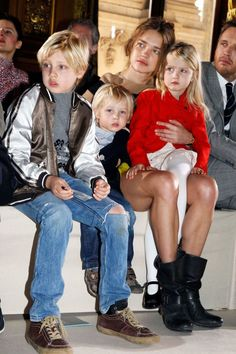 Natalia Vodianova gives her kids the front-row treatment during Paris Fashion Week.