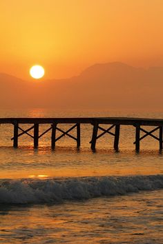 Sunset at Playa de Muro, Mallorca, Bay of Alcudia, Majorca_ Spain