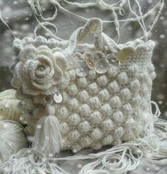 Borsa in lana con bottoni vintage presi su mercatini...interamente a mano