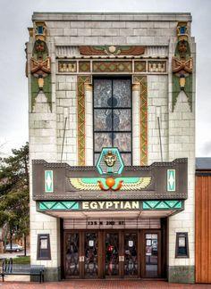   ♕    Egyptian Theater - Dekalb, IL