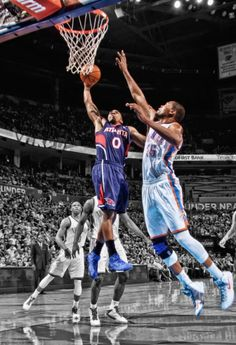 Kevin Durant Gets Got By Jeff Teague