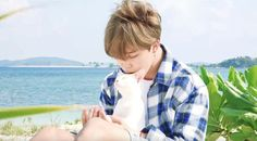 I'm soo broke but i want it soo badly~ Jimin is so cute and the kitten too<3