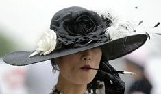 Why to Use a Cigarette Holder?