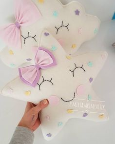 1 million+ Stunning Free Images to Use Anywhere Baby Crafts, Felt Crafts, Diy And Crafts, Crafts For Kids, Baby Pillows, Kids Pillows, Baby Set, Sewing Toys, Sewing Crafts
