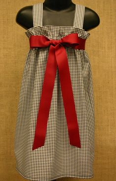 ROLL TIDE...this is too cute...gonna  try my hand at making it and wear it with my cowboy boots... : )