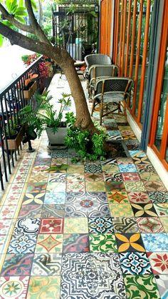 24 Classic Painted Floor Tiles Get An Artistic Floor - Mosaic flooring, Paintin. - 24 Classic Painted Floor Tiles Get An Artistic Floor – Mosaic flooring, Painting tile floors, Ti - Tiny Balcony, Balcony Tiles, Balcony Design, Patio Design, Patio Tiles, Small Terrace, Concrete Tiles, Pergola Designs, Balcony Flooring