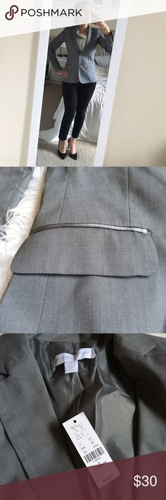 Grey NY&Co Blazer Grey New York and company blazer. Says size 0 but fits more like a 2. Never worn. NWT New York & Company Jackets & Coats Blazers