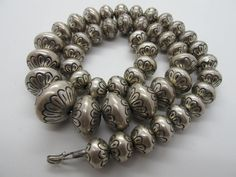 Vintage Navajo Sterling Silver Graduated Bead Necklace Signed SW - 105g #Unbranded
