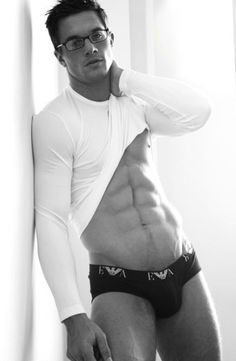 1000 images about eye candy on pinterest male models for Hombre sexis en ropa interior