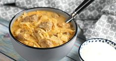 Cheeseburger Chowder, Thai Red Curry, Macaroni And Cheese, Hamburger, Pork, Food And Drink, Menu, Lunch, Ethnic Recipes