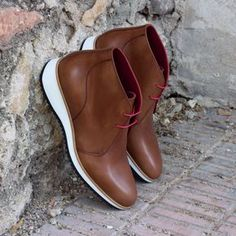 Handcrafted Custom Made Chukka Boots in Medium Brown Painted Calf Leather From Robert August. Create your own custom designed chukka boots. Custom Made Shoes, Custom Design Shoes, Men's Shoes, Shoe Boots, Shoes Men, Mens Boots Fashion, Men's Fashion, Fashion Rings, Fashion Ideas