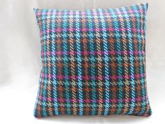 wool cushion cover  multicolored pillow cover  di Ilfilodoro, €15.43
