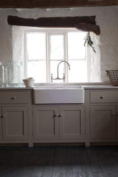 The Cotes Mill Shaker Kitchen : rustic Kitchen by deVOL Kitchens Kitchen Marble, Devol Kitchens, Shaker Kitchen Cabinets, Kitchen Remodel, Kitchen Decor, Home Kitchens, Rustic Kitchen, Kitchen Renovation, Kitchen Design