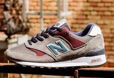 New Balance 577 - Grey/Burgundy
