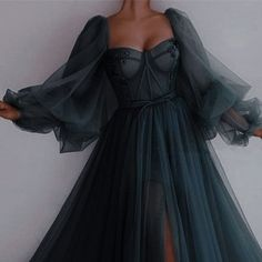 Pretty Prom Dresses, Elegant Dresses, Cute Dresses, Beautiful Dresses, Formal Dresses, Vintage Prom Dresses, Vintage Ball Gowns, Glamouröse Outfits, Fashion Outfits