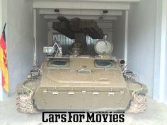 Sie suchen Spielfahrzeuge für Ihre Produktion? Finden Sie hier Ihr Film Auto! Wir haben über 2500 Filmfahrzeuge in Berlin, Hamburg, Köln und München verfügbar.