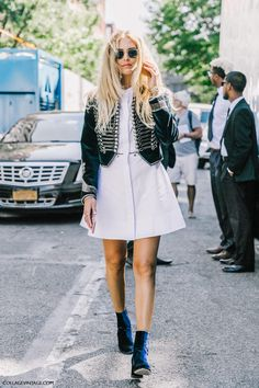 nyfw-new_york_fashion_week_ss17-street_style-outfits-collage_vintage-vintage-mansur_gavriel-rodarte-coach-46                                                                                                                                                                                 Más