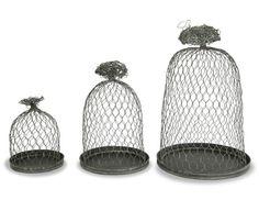 rePurpose: chicken wire cloche :) Want! Garden Cloche, Garden Projects, Garden Ideas, Chicken Wire, Wire Baskets, Garden Ornaments, Glass Domes, Decorative Bells, Repurposed