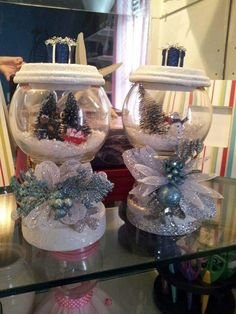 53 Most Trendy Christmas Decorating with Snowmen to Perfect Your Home – Unique Christmas Decorations DIY Noel Christmas, Homemade Christmas, Diy Christmas Gifts, Christmas Projects, Christmas Ornaments, Christmas Ideas, Christmas Globes, Christmas Scenes, Holiday Ideas