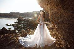 Matan Shaked מתן שקד שמלות כלה 2017   טלפון 072-330-4322 קולקציית 2017 מץאפיינת באווירת קיץ, חוף, רומנטיקה וגלים.  wedding dresses   wedding gowns   fashion   new collection 2017   מתן שקד 2017   שמלות כלה   שמלת כלה מיוחדת   שמלת כלה מקורית   שמלת כלה רומנטית   מעצב שמלות כלה   שמלות כלה 2017