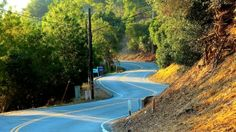 There are so many beautiful spots to find in #LA. This shot is Mulholland Drive, Los Angeles. #Explore