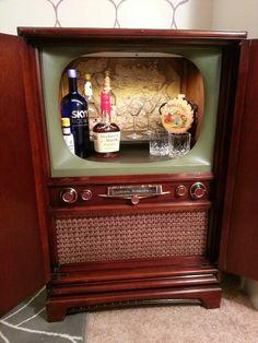 Vintage tv cabinet bar