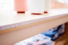 Diy: metro para tu mesa de costura Mi primera máquina de coser