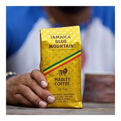 To the rescue...here I am! #Jamaica #BlueMountain ☕️ @romarley