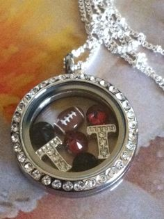 Celebrate your team with this awesome Origami Owl Locket! #texastech #football #origamiowl  www.dollinevance.origamiowl.com