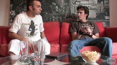 Roch et Nico s'apprêtent à se poser devant un film, mais pour Roch on ne peut pas regarder un film sans liqueur ! Nico accepte gentillement d'aller en chercher, ce qu'il risque de regretter...