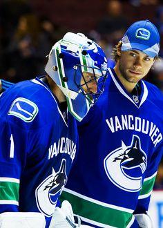 I can't believe Vancouver traded Luongo Hockey Goalie, Field Hockey, Hockey Teams, Ice Hockey, Hockey Stuff, San Jose Sharks, Vancouver Canucks, Nascar, Canada Hockey
