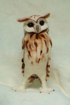 ~beautiful felted owl ~ by Helen Priem (see more beautiful felt-artwork on her flickr account)